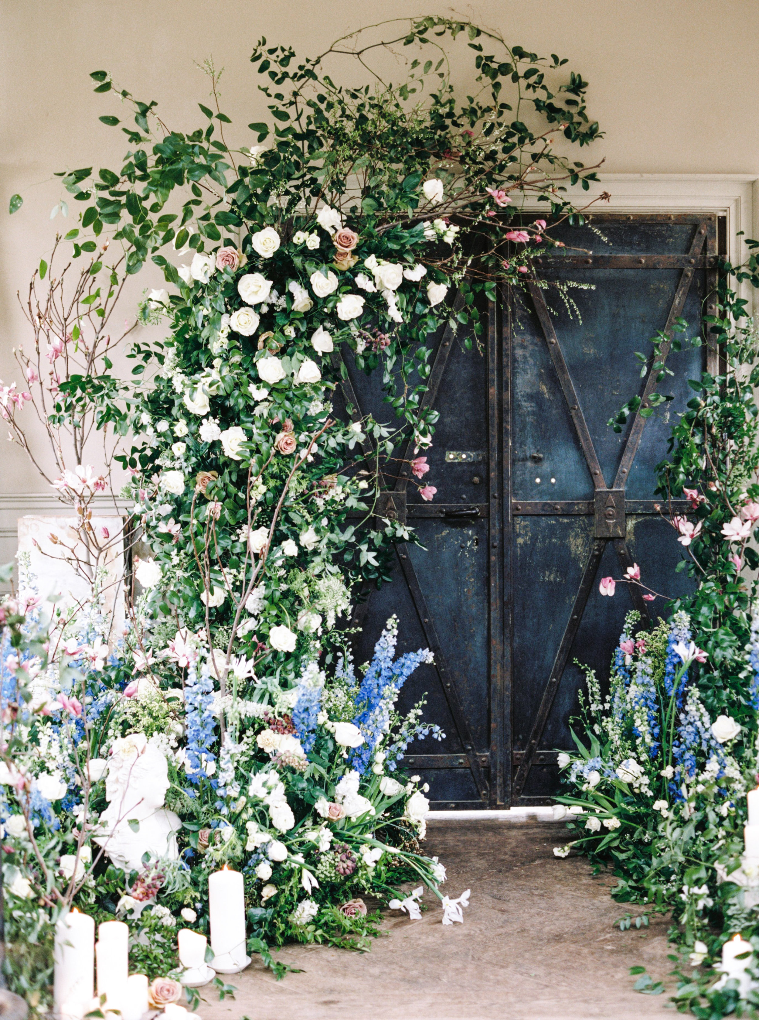 Events - We design floral arrangements for events of all sizes, from intimate occasions to large-scale celebrations. We provide full concept floral design, floral decor installations, and custom order flowers for each and every event.
