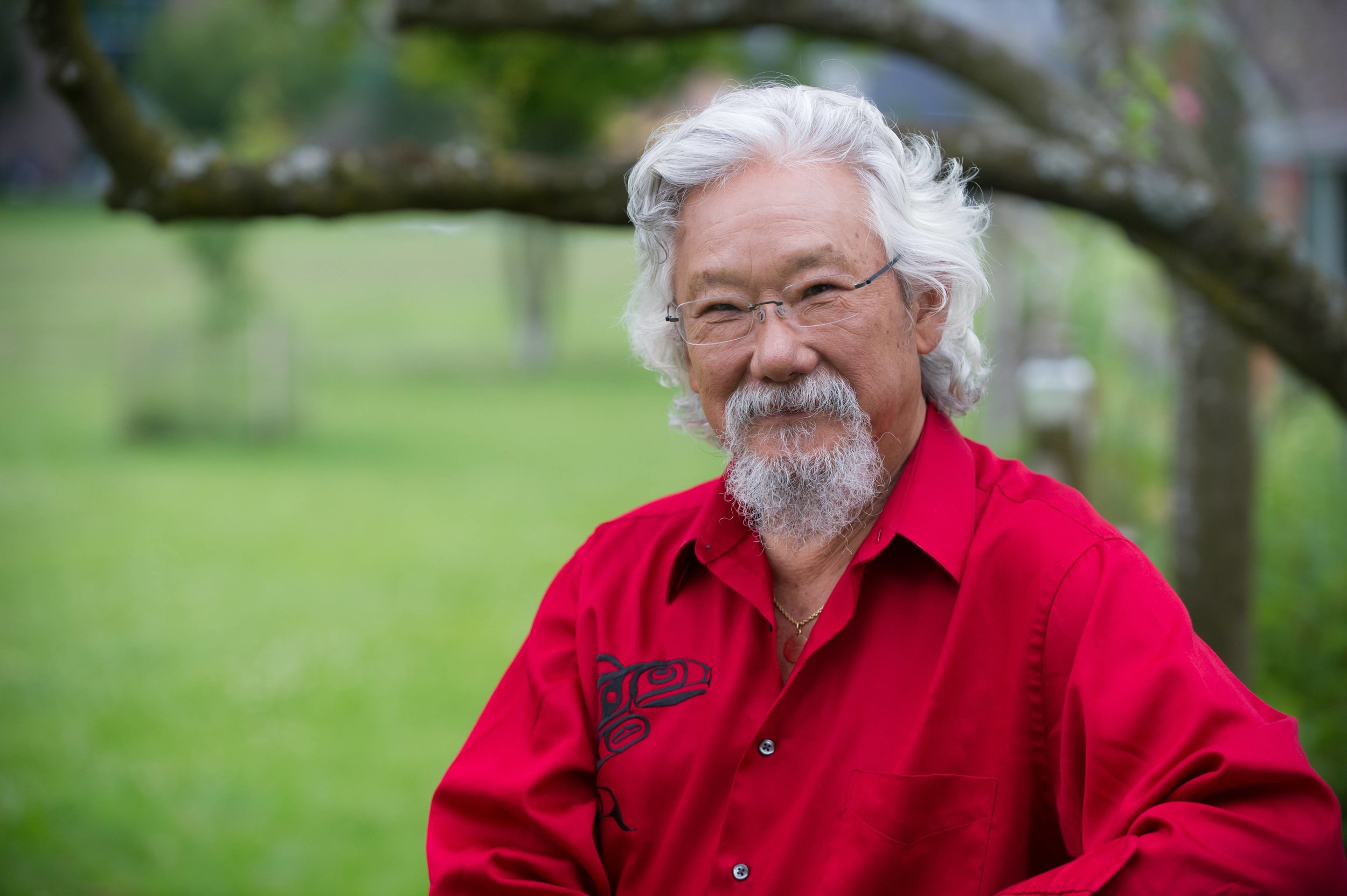 David_Suzuki_outside.jpg