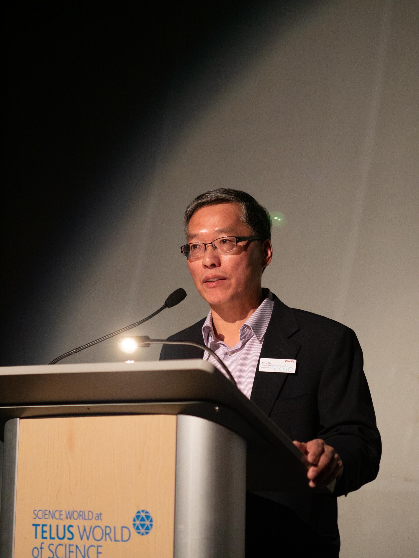 bill chan on stage Elements2019_web-194 (1).jpg