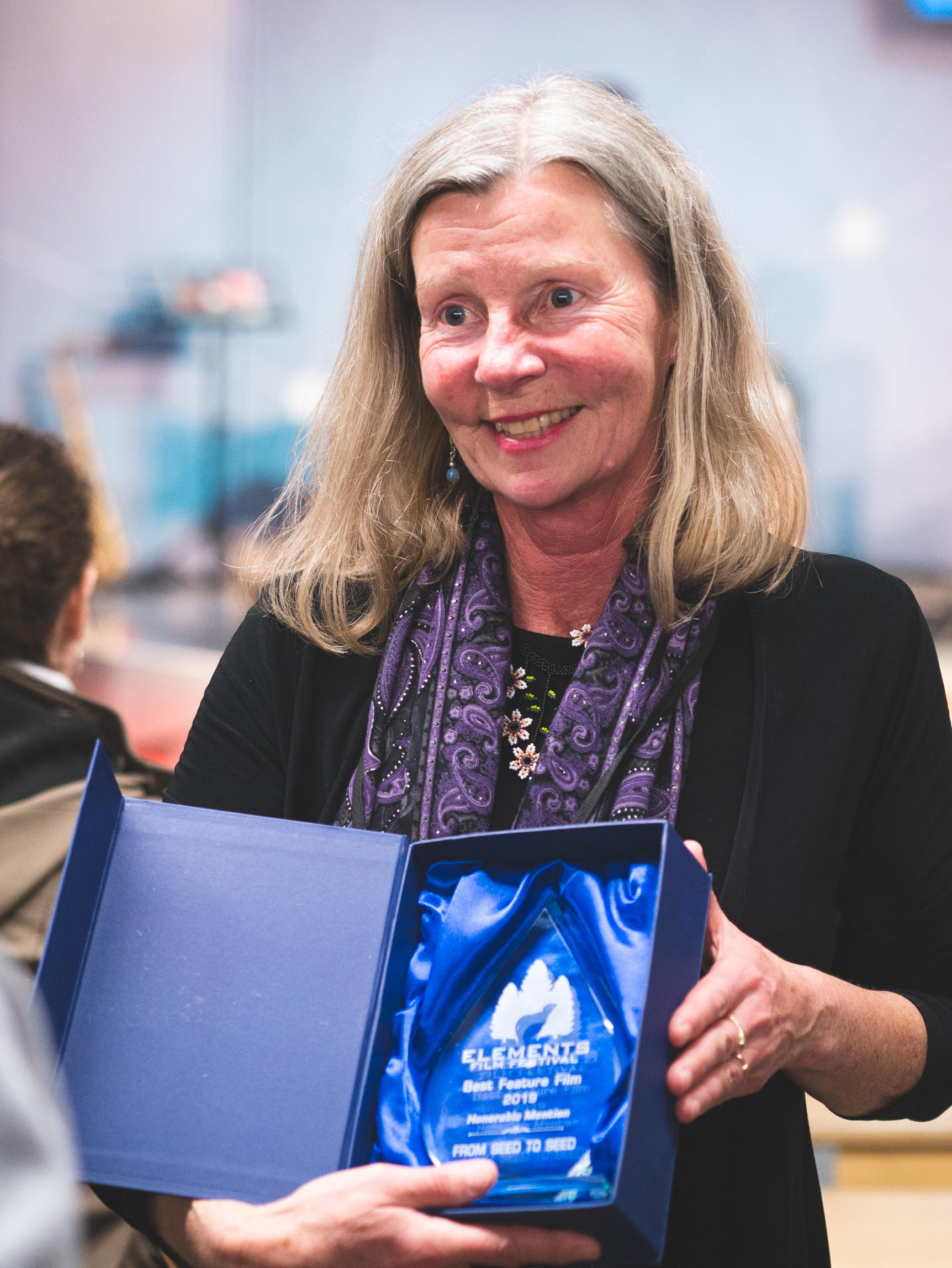 katharina with award Elements2019_web-119.jpg
