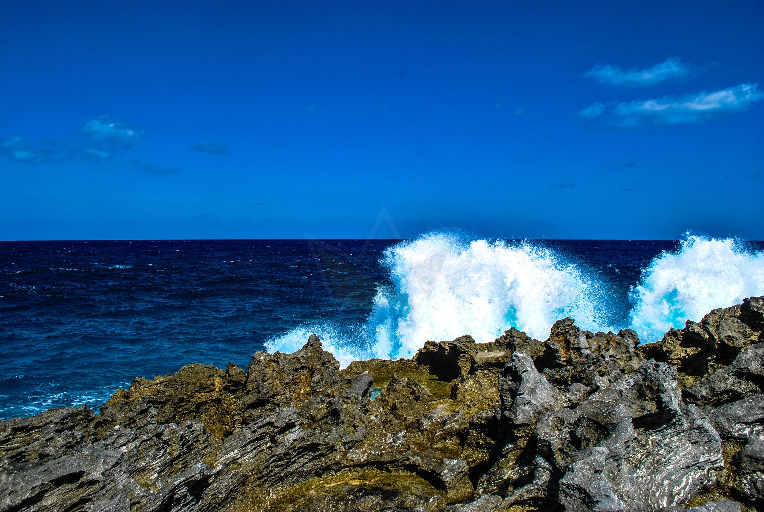Waves crashing on the Atlantic Coast just south of the Glass Window Bridge