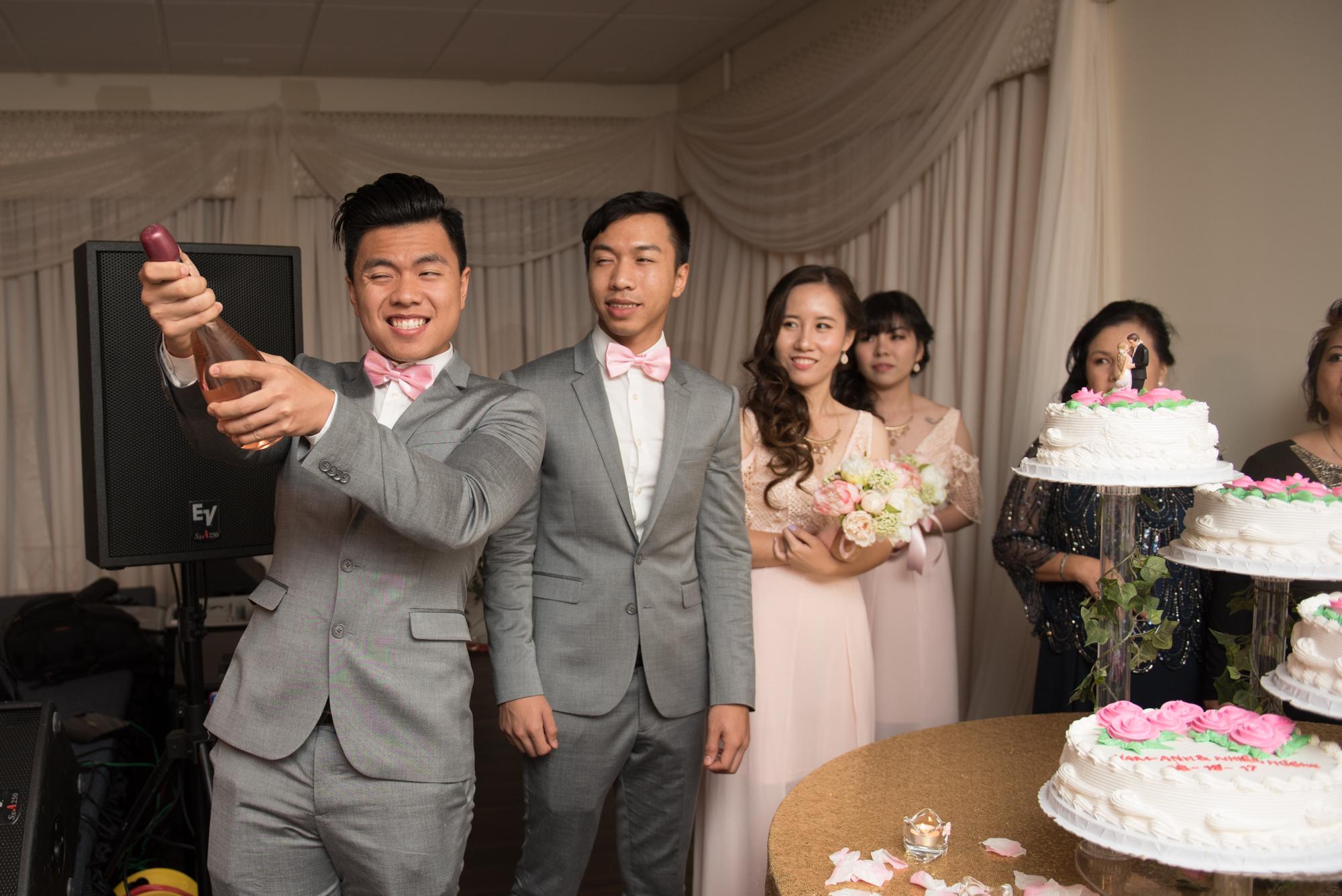 Paul_Huong_Reception-104.jpg