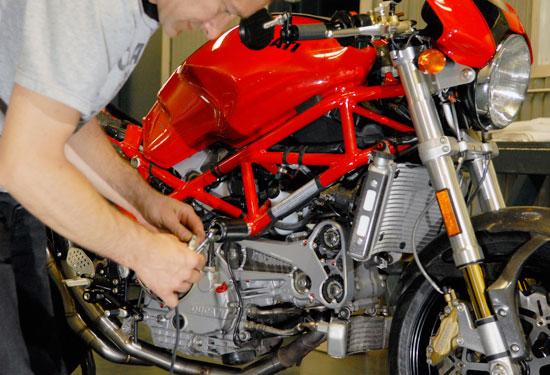 Ducati_Monster_05.jpg