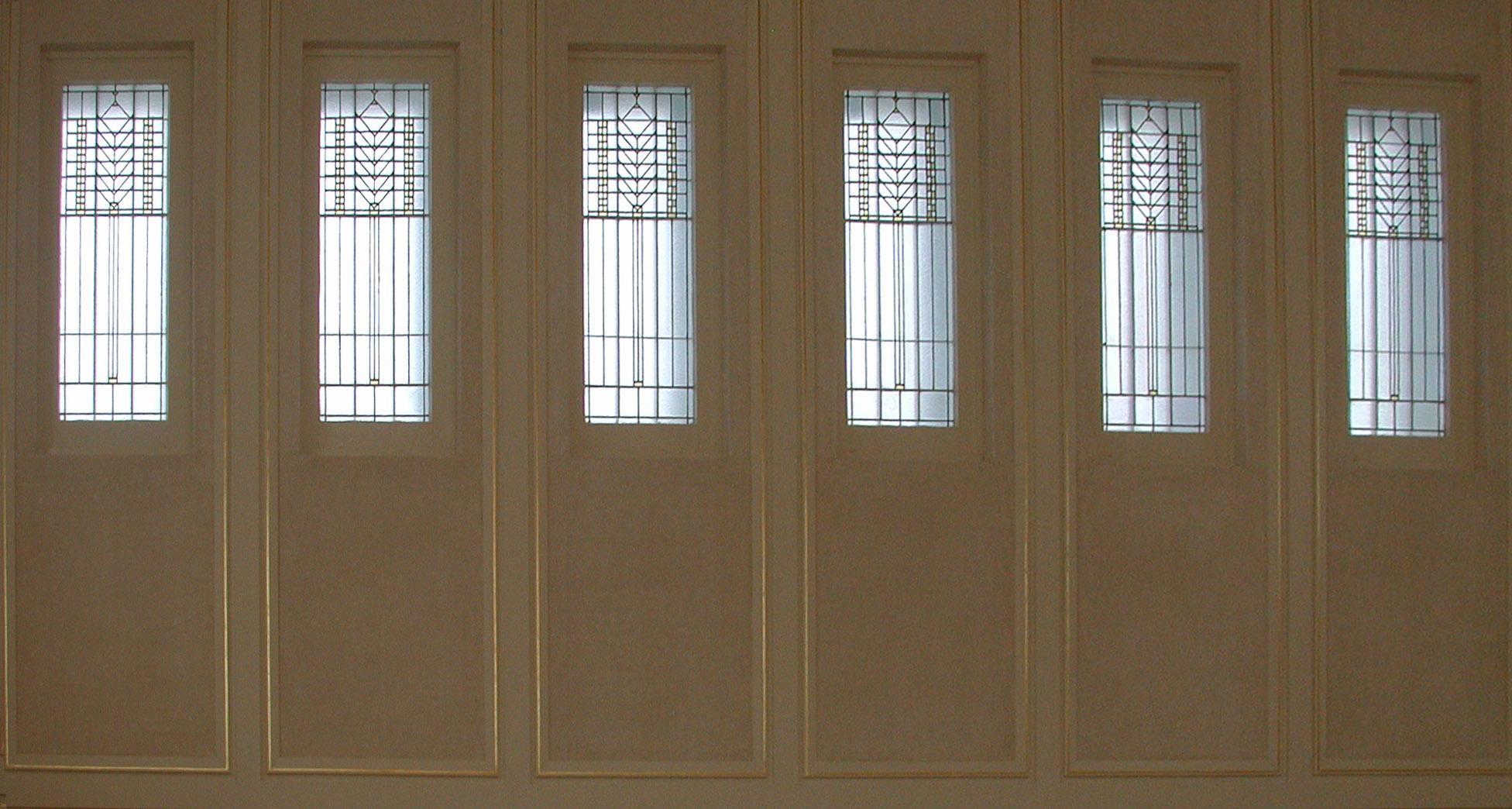 Holdman_Studios_Stained_Art_Glass_LDS_Mormon_Temple_Laie_Hawaii_Windows.jpg