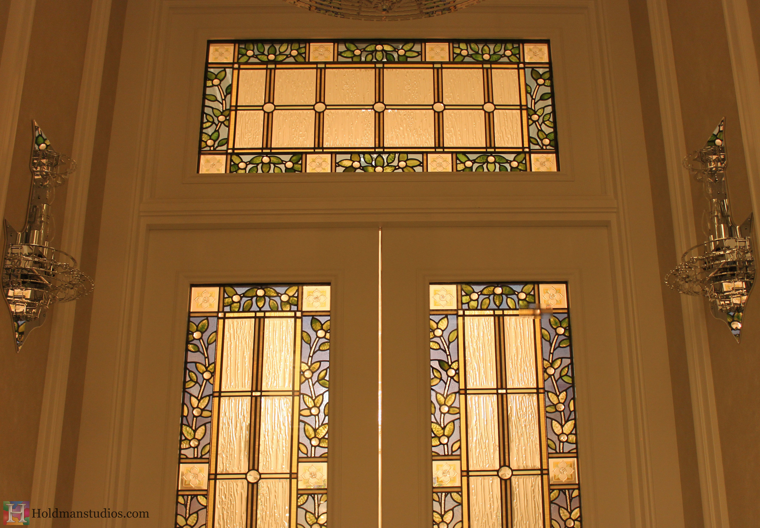 Holdman_Studios_Stained_Art_Glass_LDS_Mormon_Temple_Boise_Idaho_Potato_Flowers_Door_Windows_Transoms_Closeup.jpg