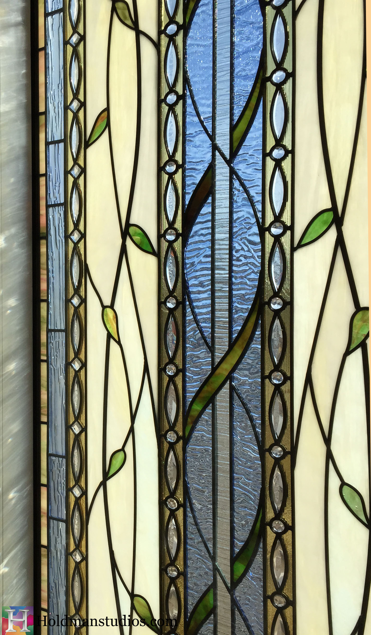 Holdman_Studios_Stained_Art_Glass_Payson_Utah_Temple_Apple_Blossom_Leaves_DNA_Spiral_Window_Closeup.jpg