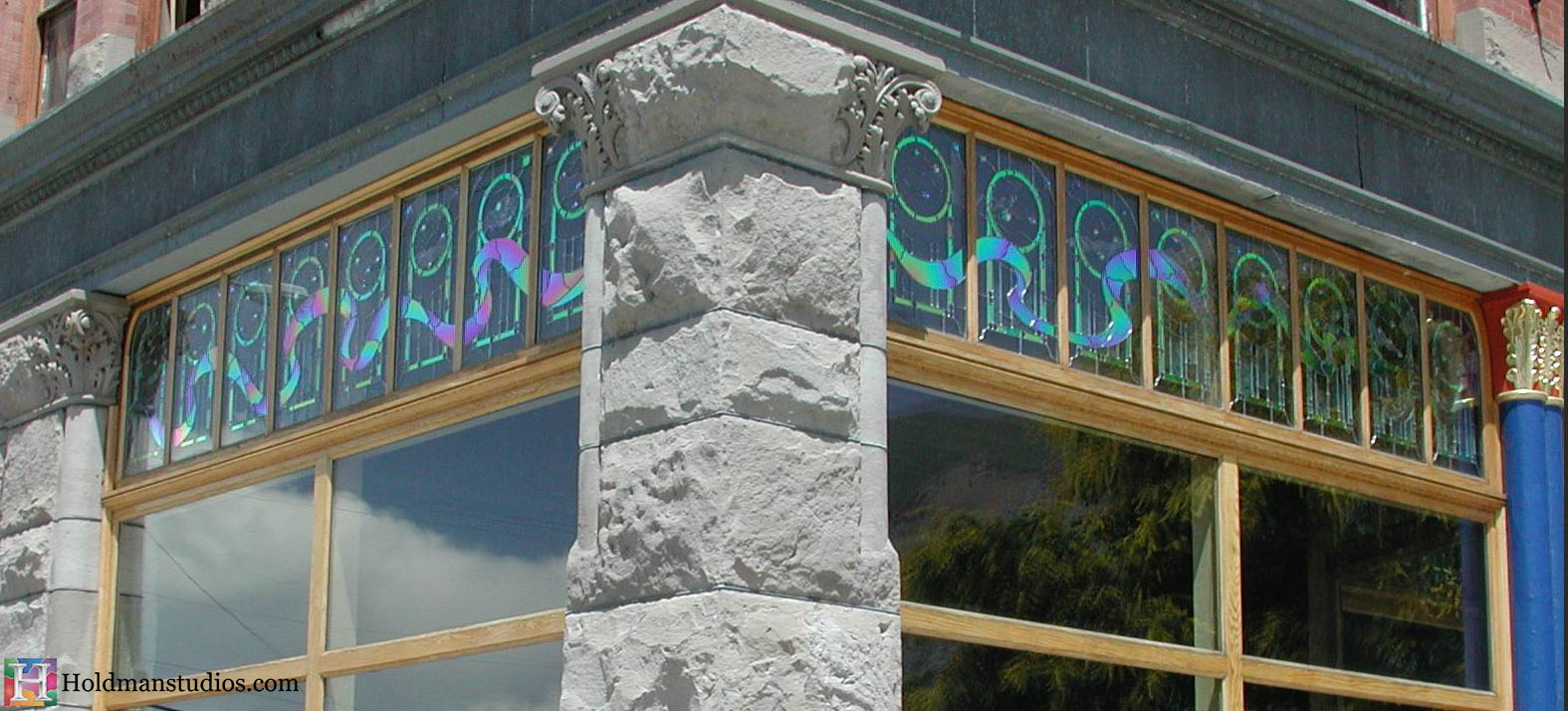 Stained Glass_Magelbys resturant 2.jpg