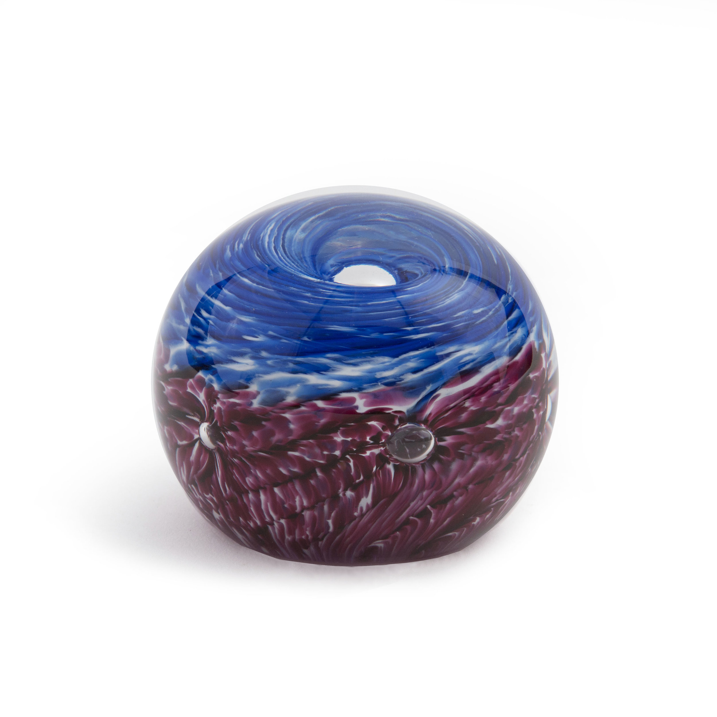 Holdman-studios-blown-glass-experiences-paperweight-example.jpg
