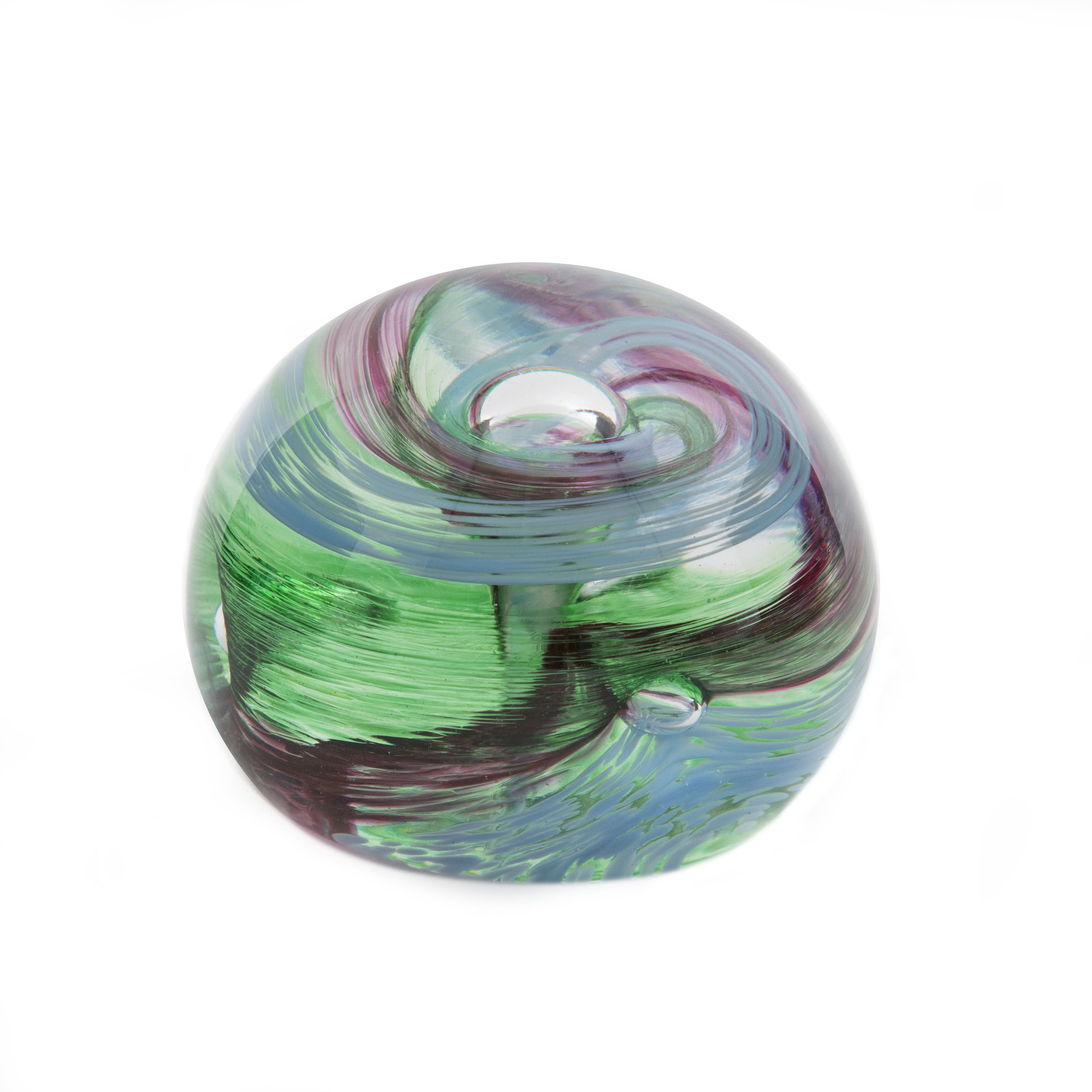 Holdman-studios-blown-glass-experiences-paperweight-example-5.jpg