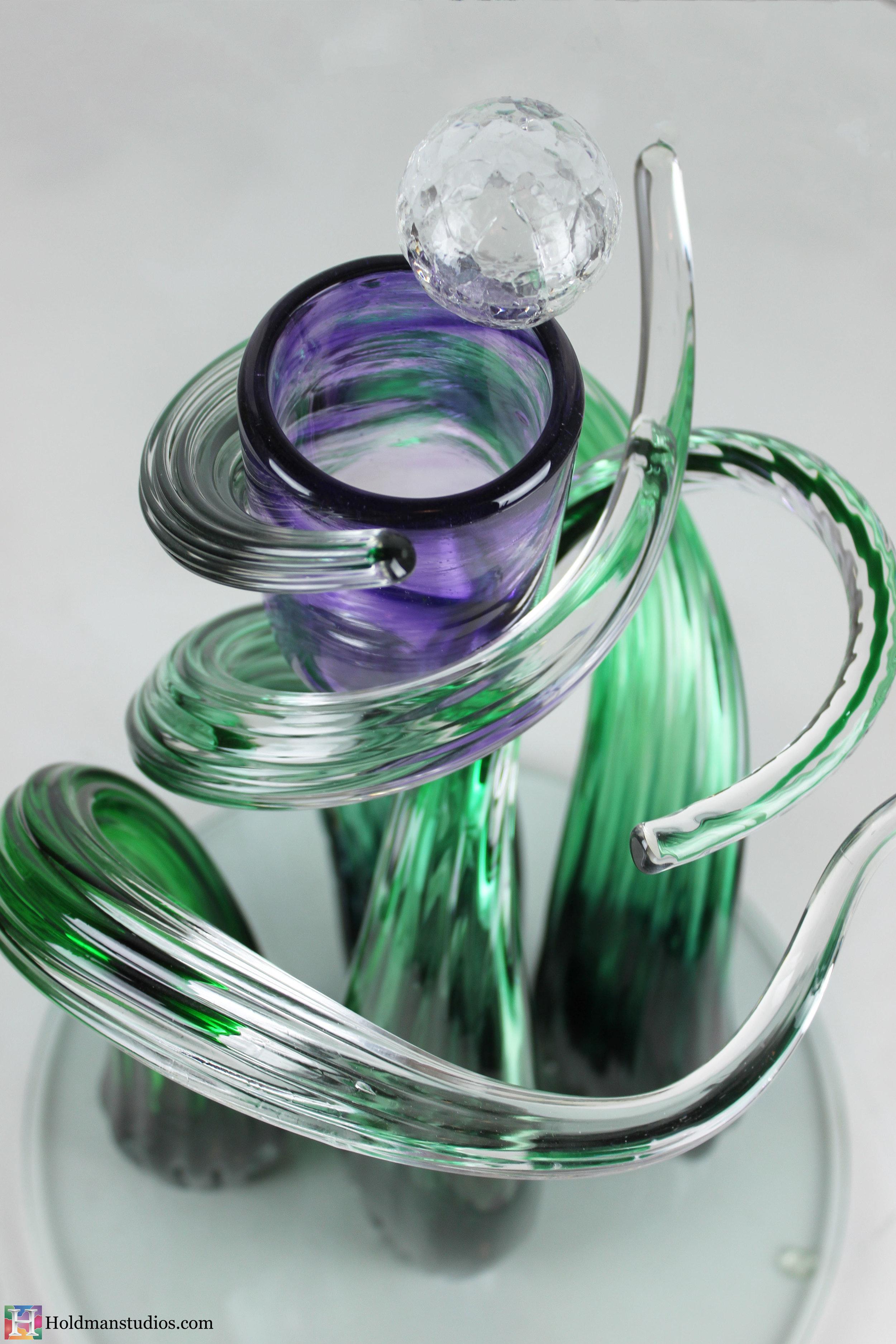 Holdman-studios-hand-blown-glass-sentsy-golf-trolfy-award3.jpg