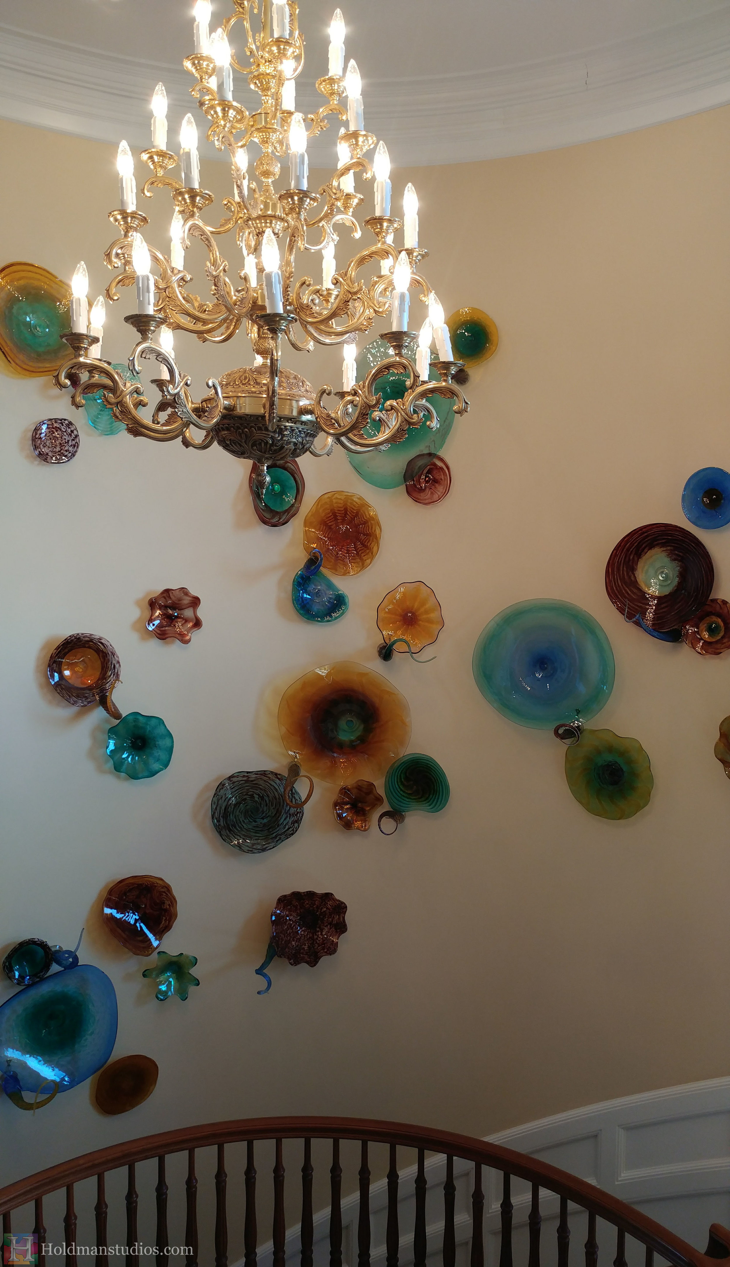 holdman-studios-hand-blown-glass-platters-bowls-tendrils-stair-wall-display-closeup2.jpg