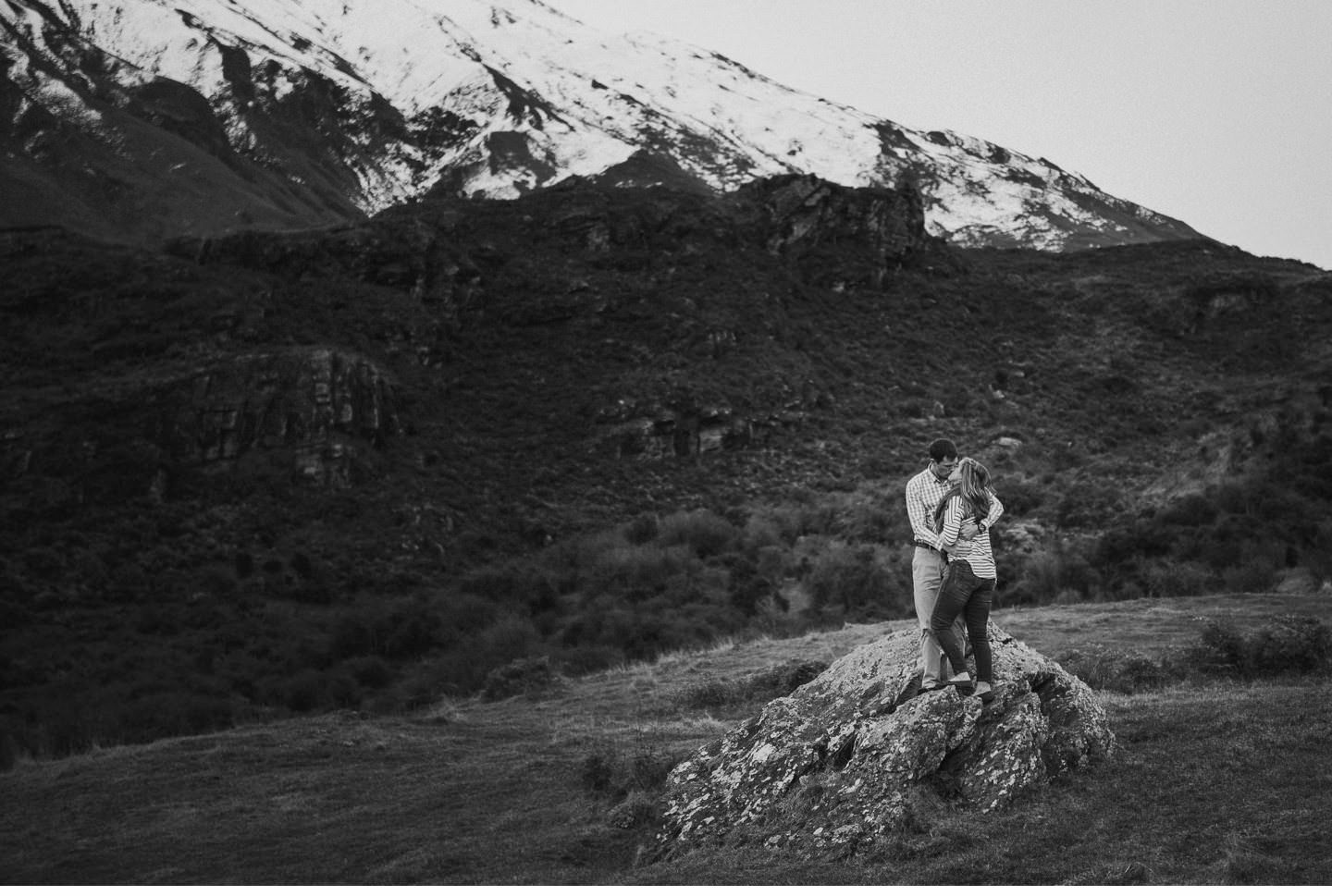 Wanaka-Engagement-Photography-013.jpg