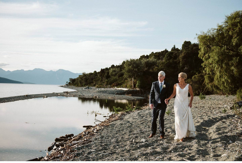 Fiordland-Lodge-wedding-photographer-016.jpg
