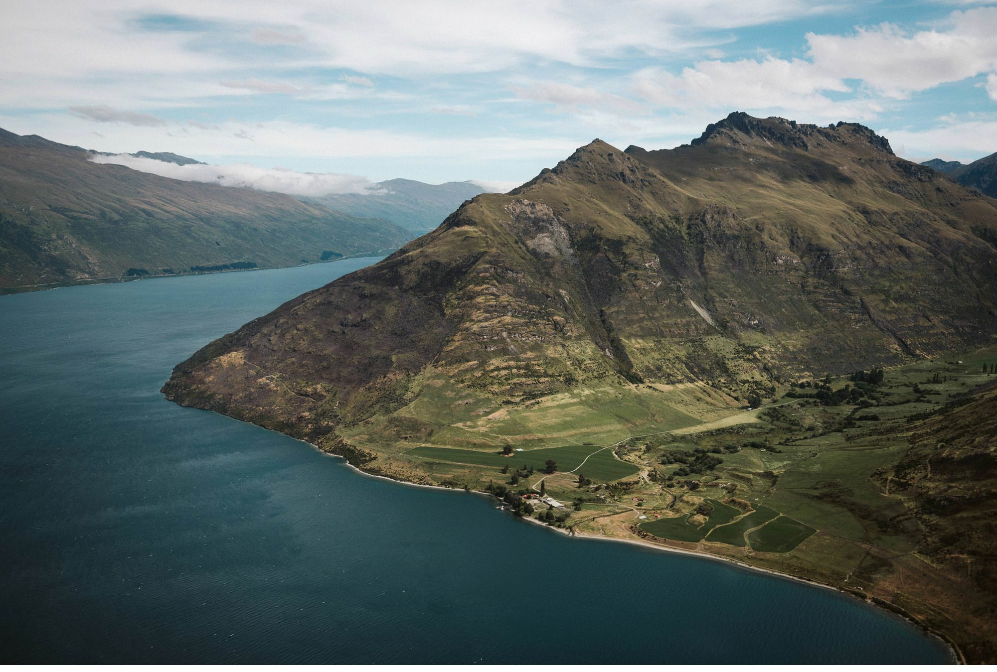 Queenstown Heli Elopement Photographer-003.jpg