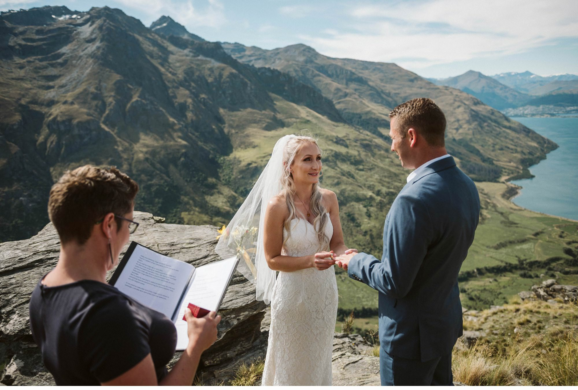 Queenstown Heli Elopement Photographer-009.jpg