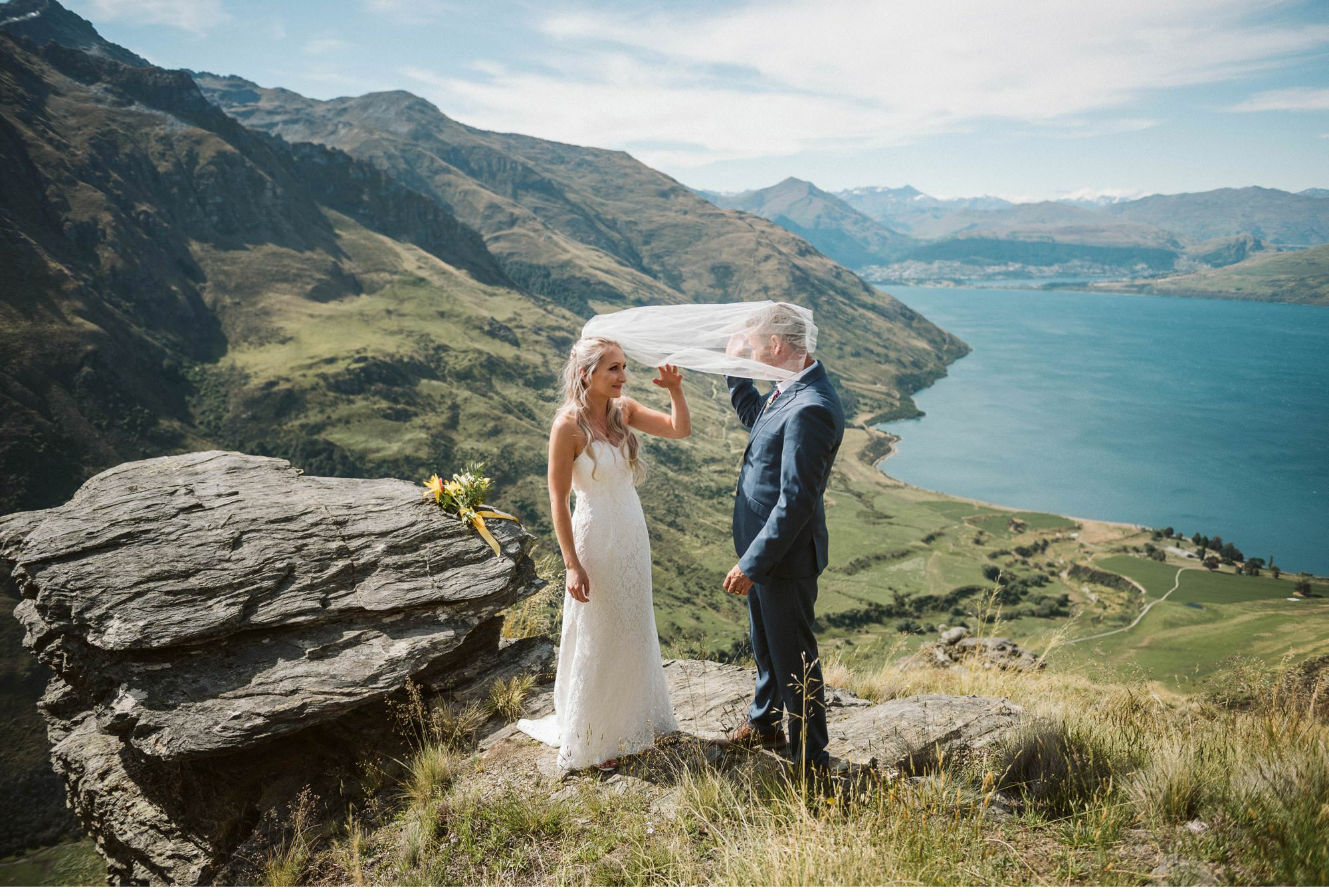 Queenstown Heli Elopement Photographer-011.jpg