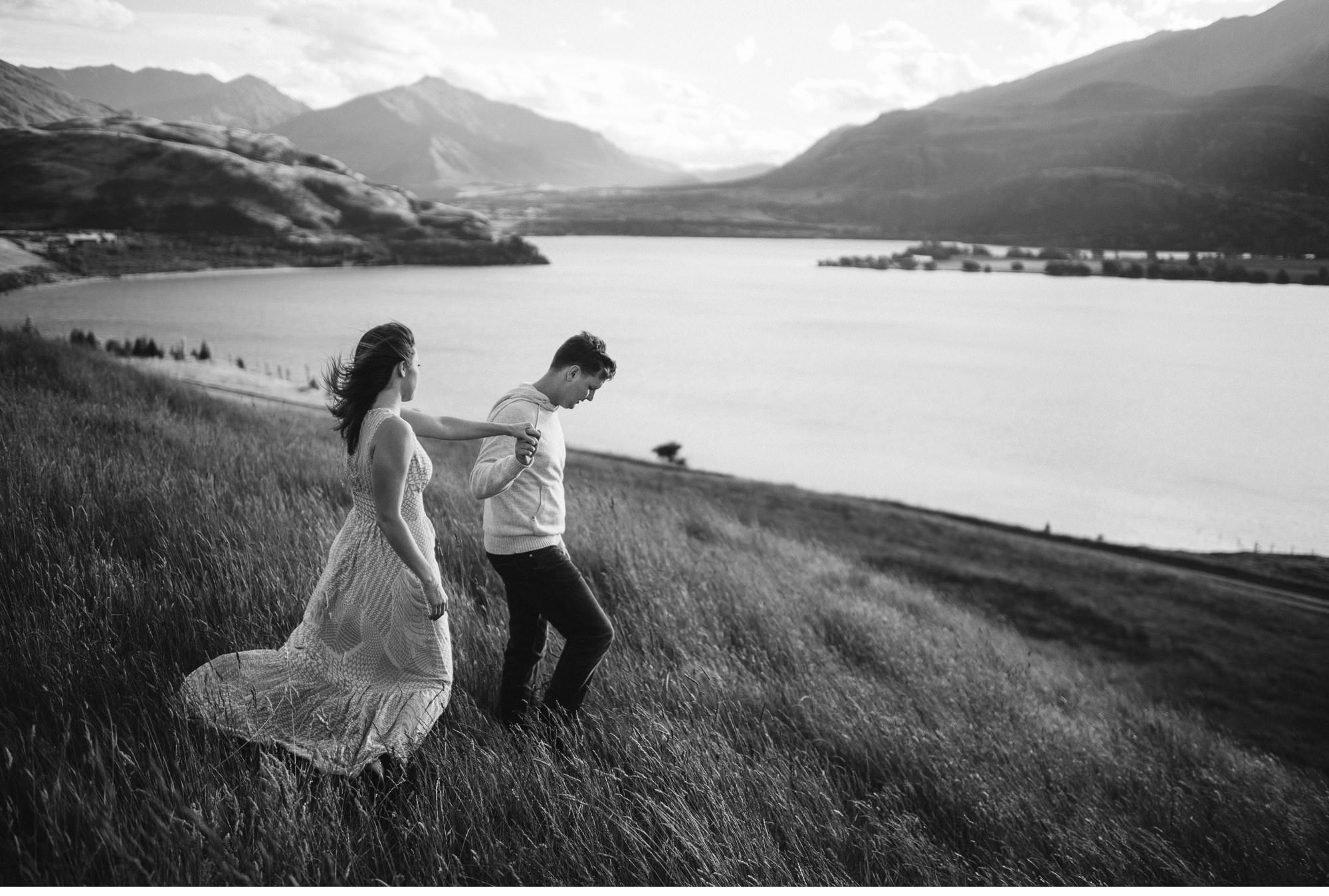Lake Wanaka Engagement Photography-015.jpg