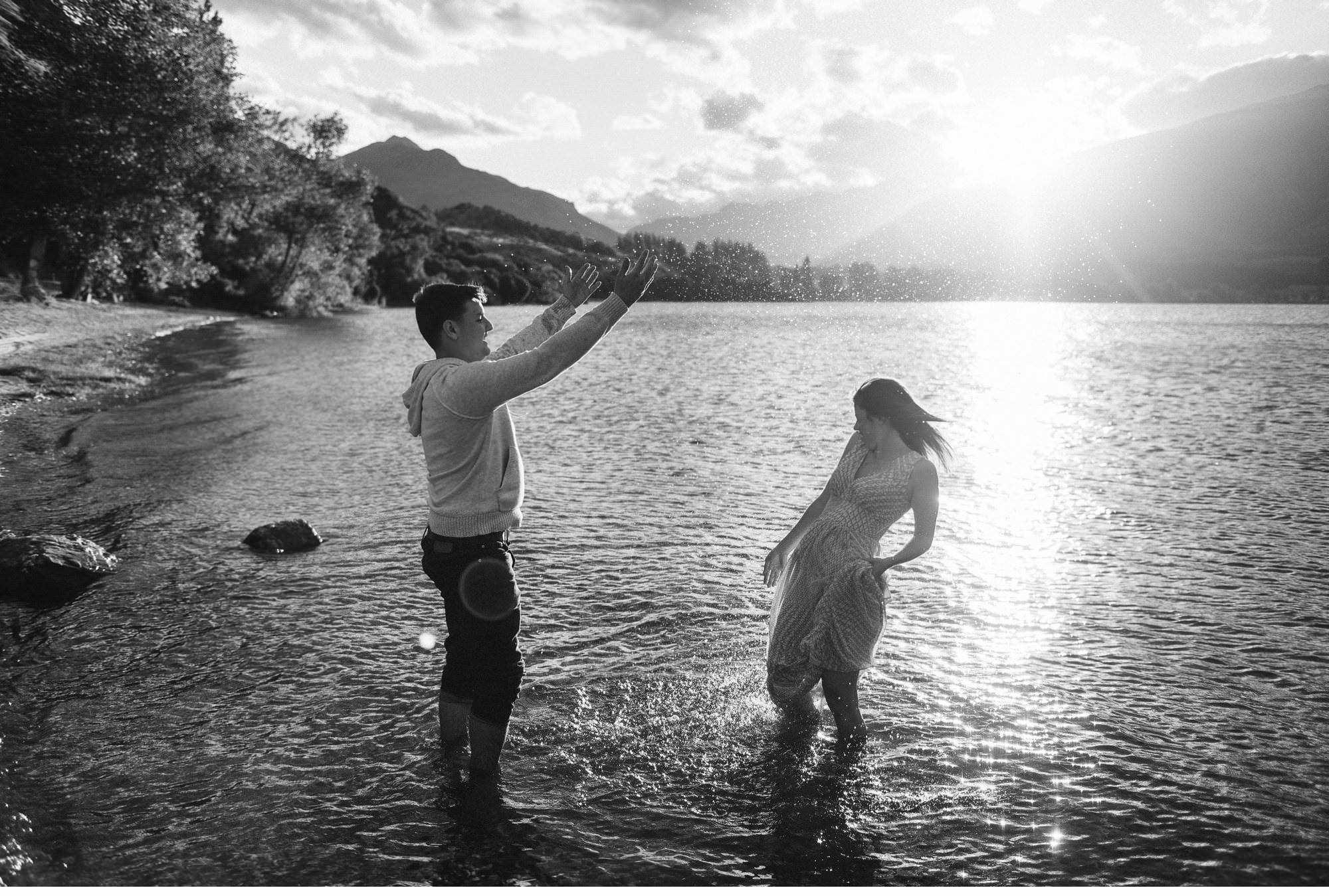 Lake Wanaka Engagement Photography-021.jpg