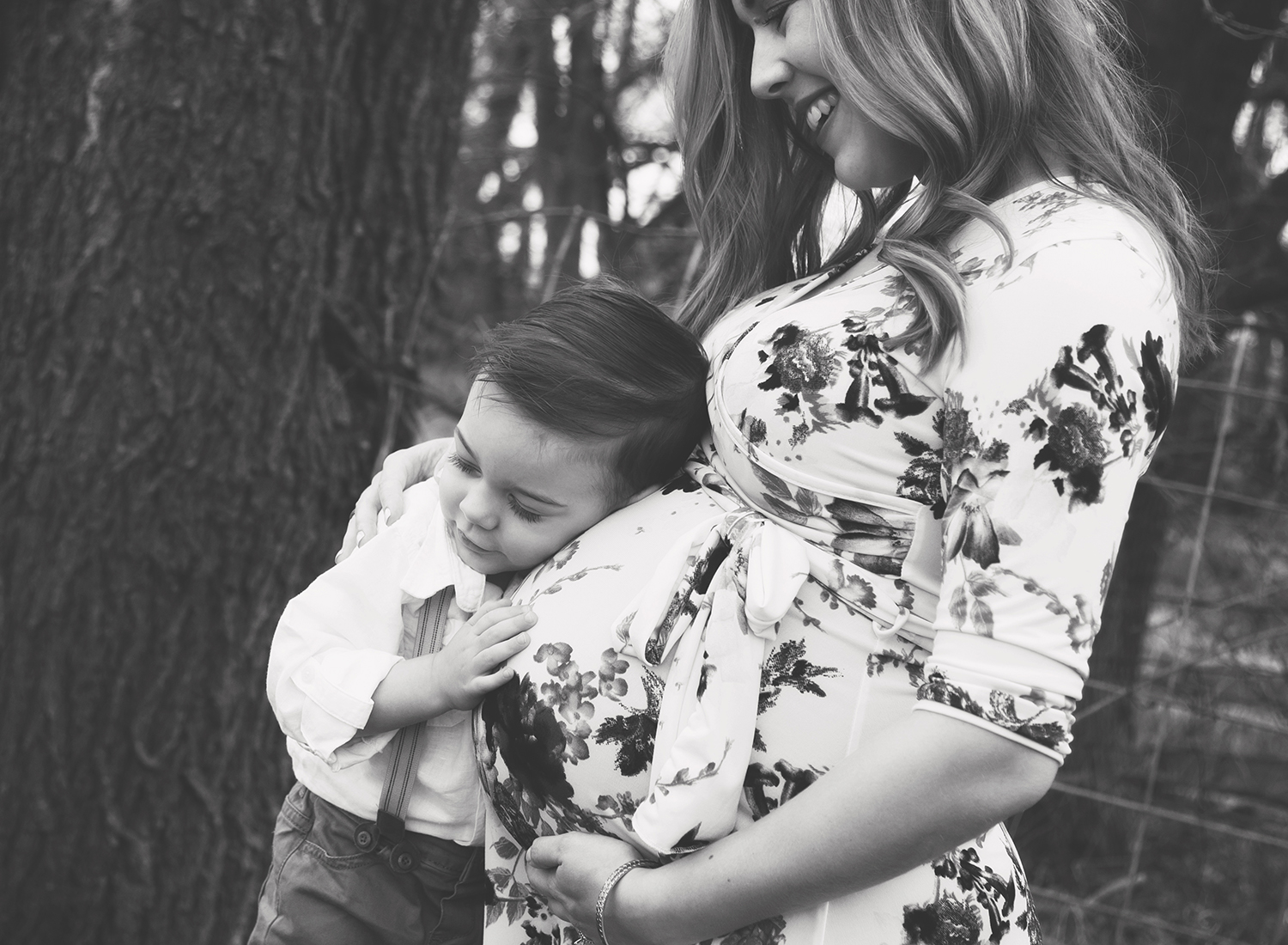 kansas city maternity photographer, mom and son, expecting mother, olathe birth center, olathe health