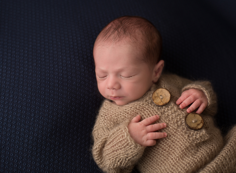 kansas city newborn photos, kc newborn photographer, overland park kansas baby photographer, leawood kansas