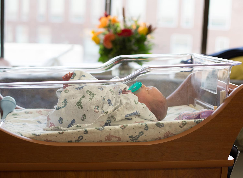kansas city newborn hospital pictures