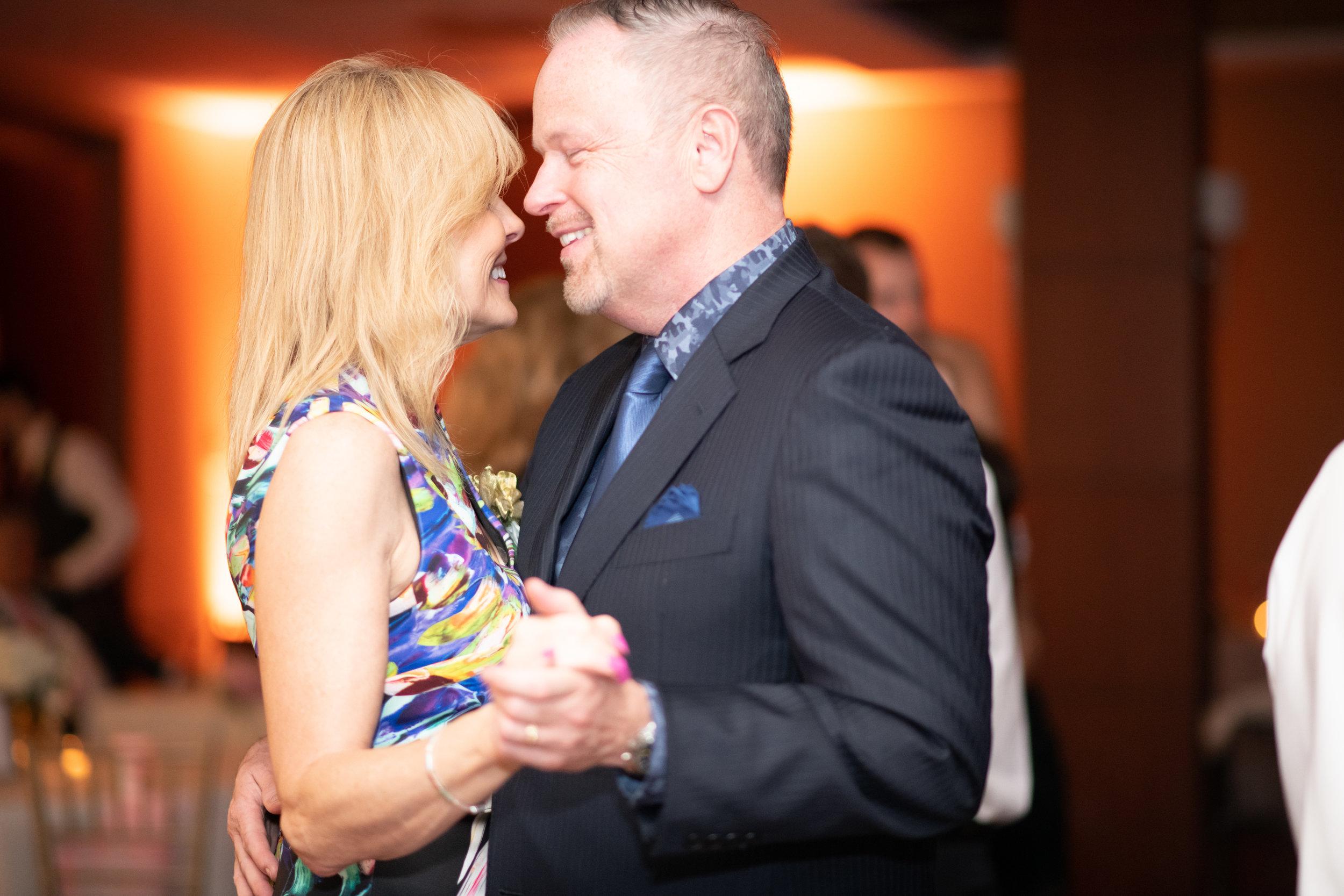 Lindsay & Brett 2181.jpg