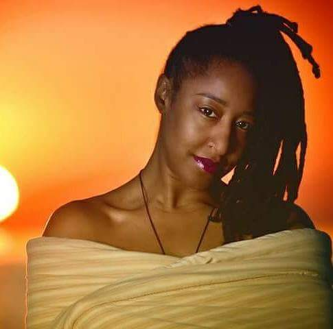 "Kawana N. Williams is a native Chicagoan and the author of, "" Coming to My Crossroads "", a memoir about her diagnosis of and struggles with ovarian cancer. She is currently a licensed Professional counselor with the State of Illinois and a second year doctoral student at the Chicago School of Professional Psychology."