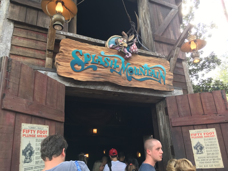 Use these apps to skip the long waits at rides like Splash Mountain!