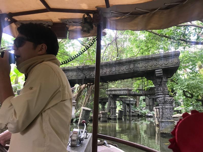 hong-kong-disneyland-jungle-cruise.jpg