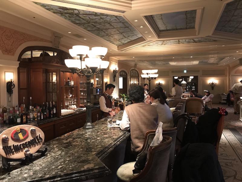 The bar at BellaVista Lounge