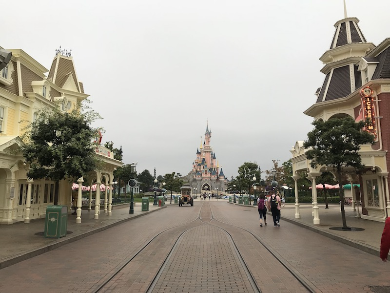 disneyland paris guide disneyland park.jpg