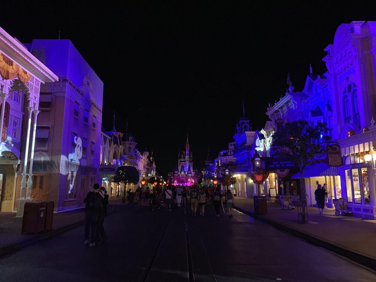 mickeys not so scary halloween party main street night.jpg