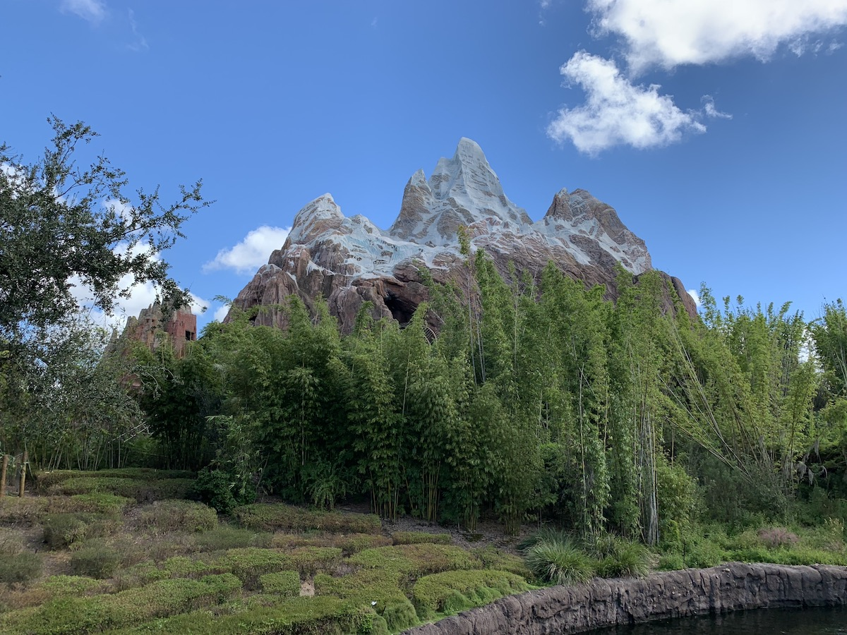 animal kingdom one day itinerary everest.jpg