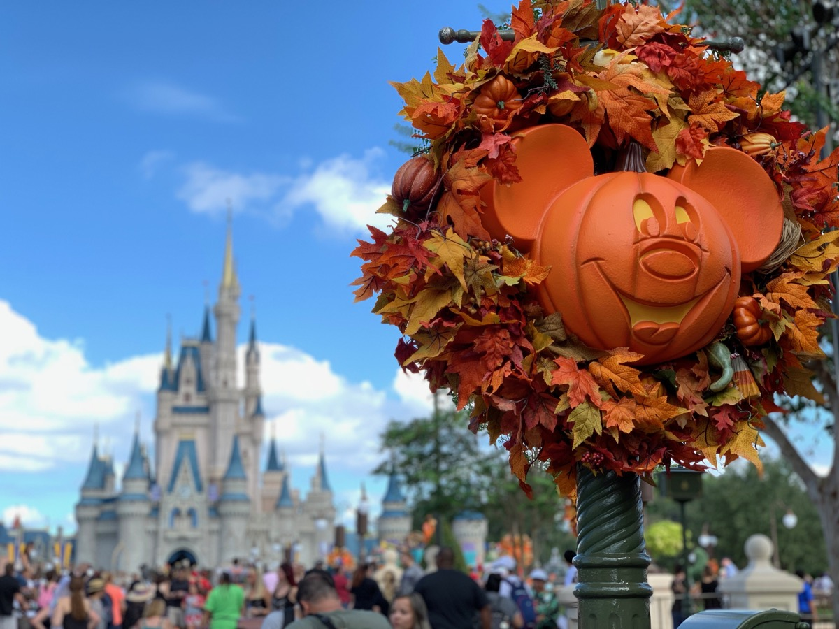 magic kingdom one day itinerary castle october decorations.jpg