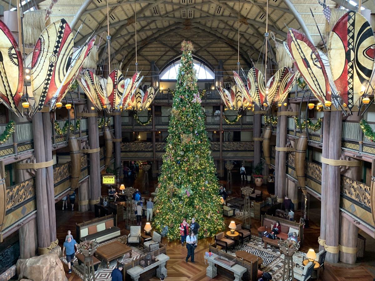 animal kingdom lodge christmas tree 2.jpeg