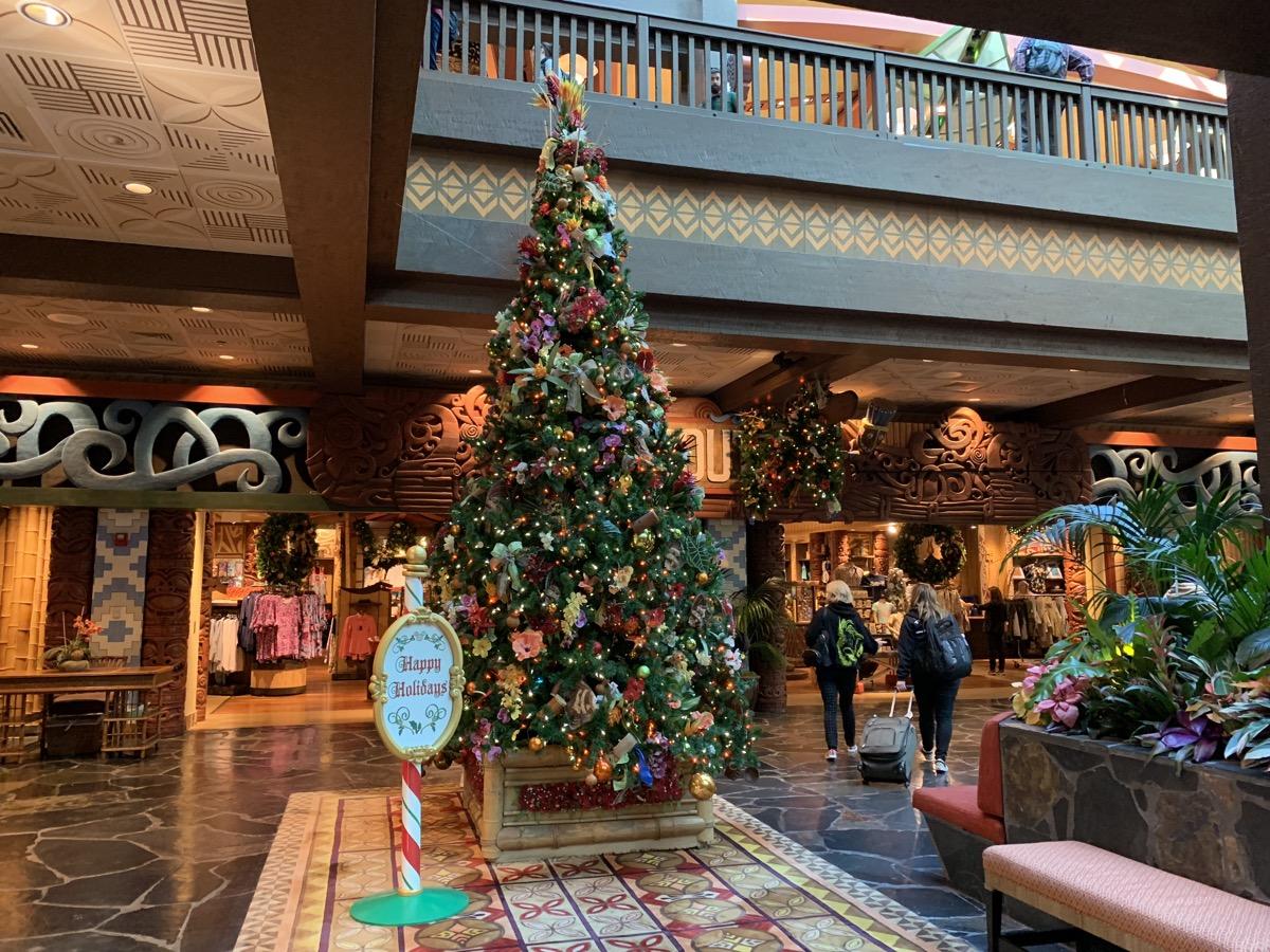 polynesian christmas tree 1.jpeg