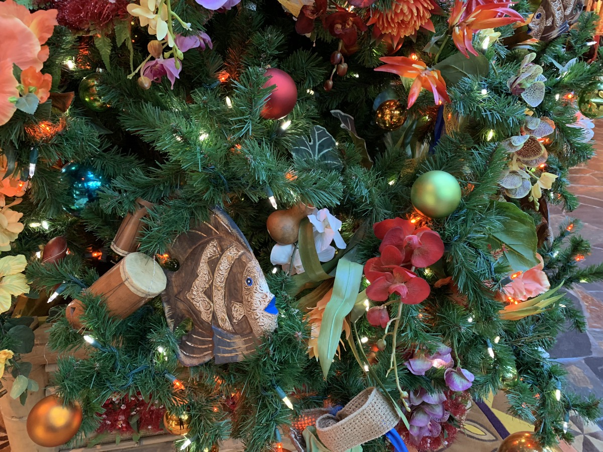 polynesian christmas tree 2.jpeg