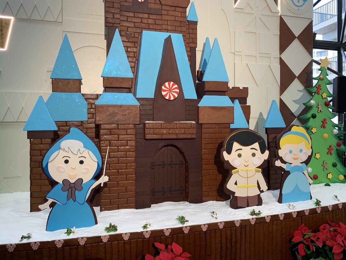 contemporary christmas gingerbread castle 4.jpeg