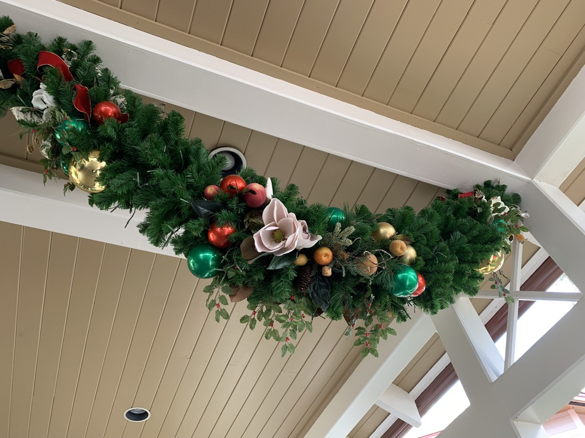 port orleans riverside christmas decorations 1.jpeg