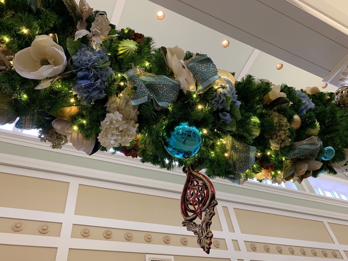 port orleans riverside christmas decorations 6.jpeg