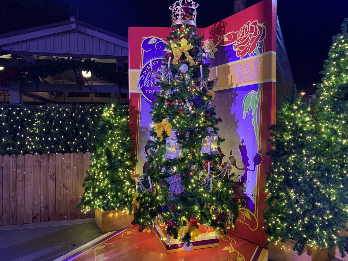 walt disney world christmas disney springs christmas tree trail 11.jpeg
