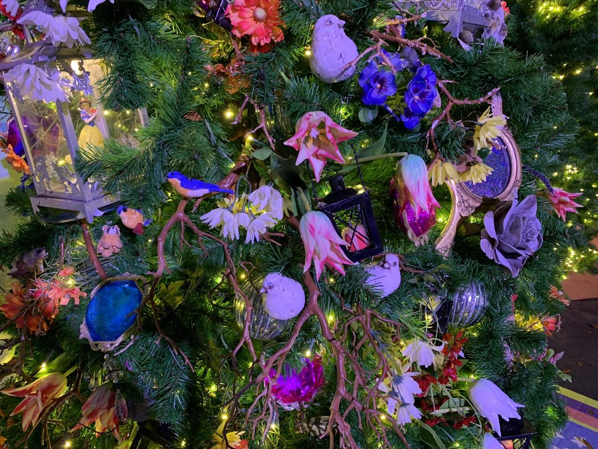 walt disney world christmas disney springs christmas tree trail 22.jpeg