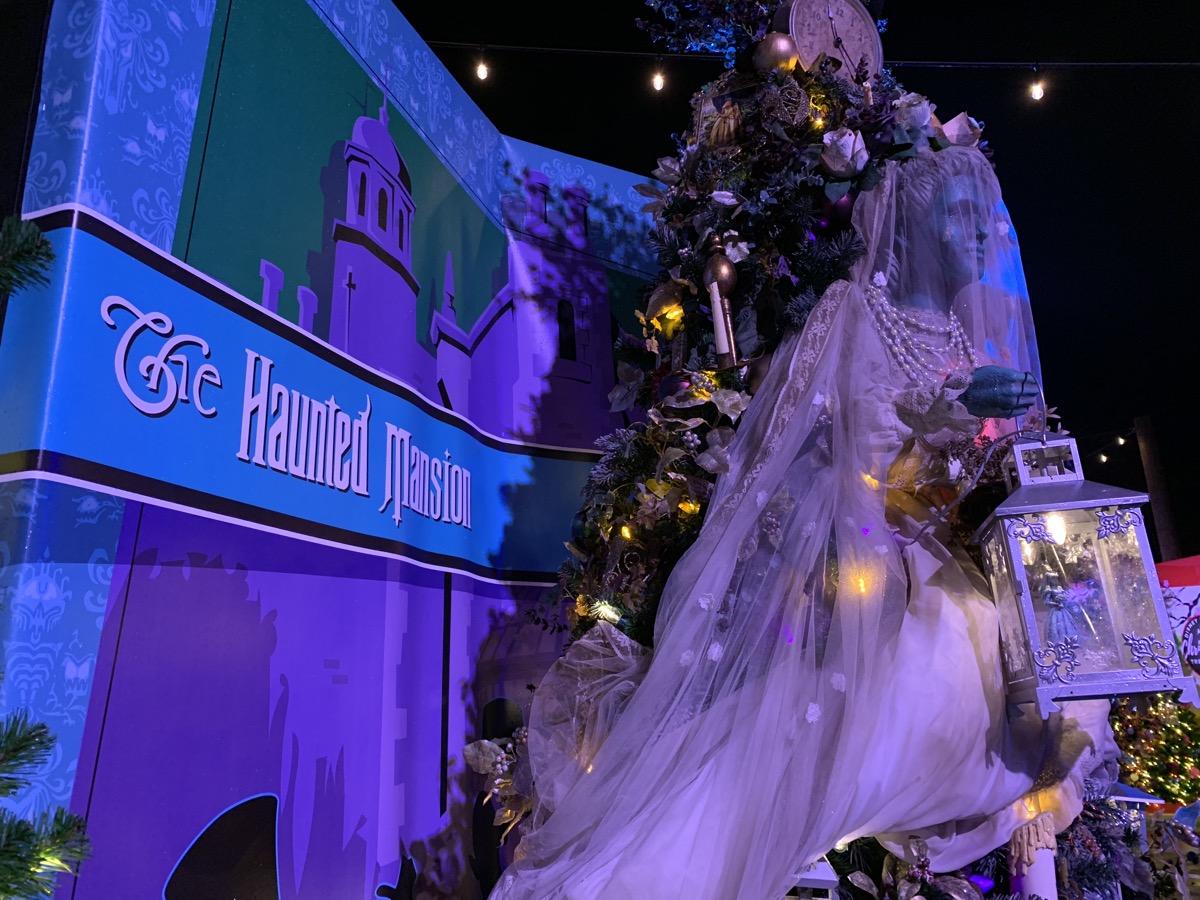 walt disney world christmas disney springs christmas tree trail 27.jpeg
