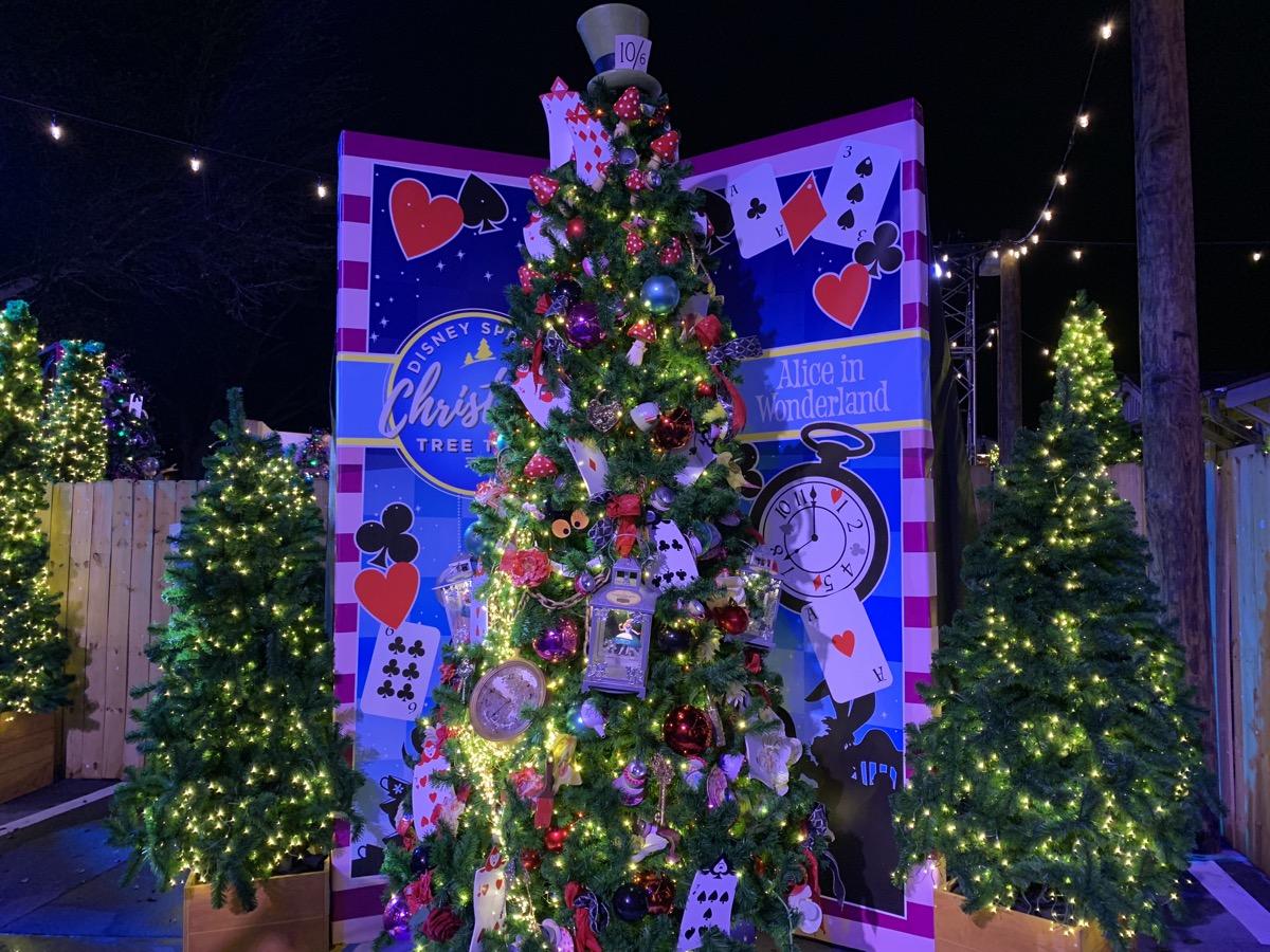 walt disney world christmas disney springs christmas tree trail 28.jpeg