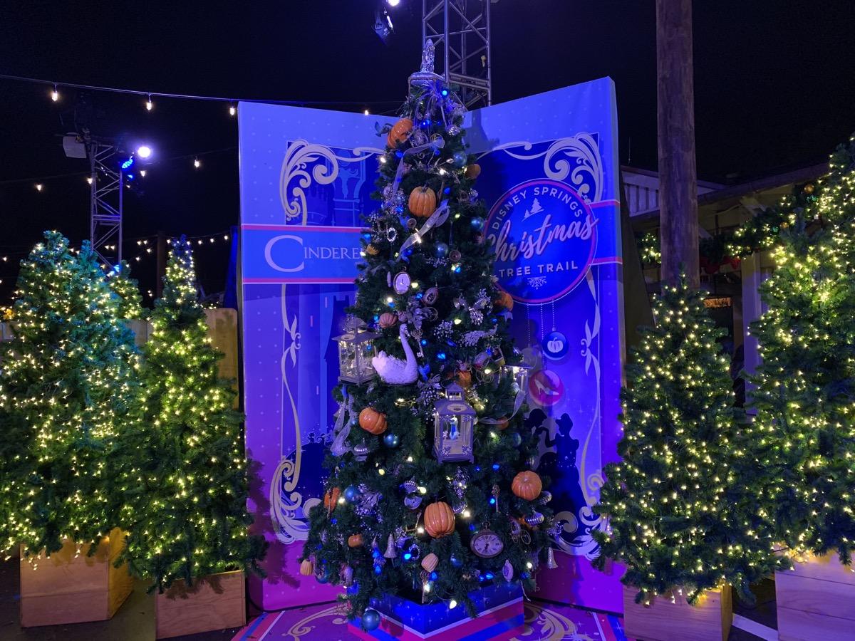 walt disney world christmas disney springs christmas tree trail 34.jpeg