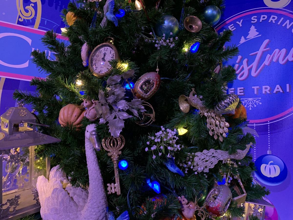 walt disney world christmas disney springs christmas tree trail 35.jpeg