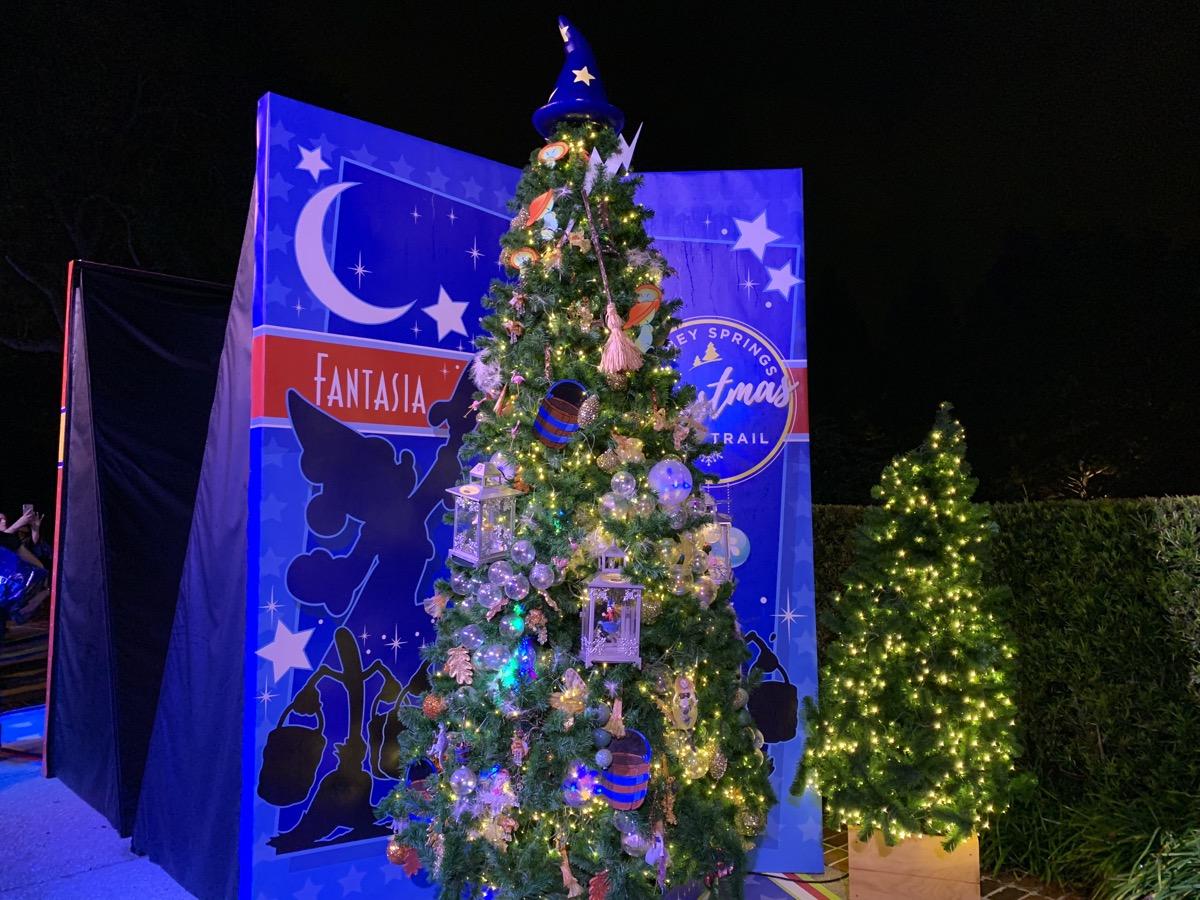 walt disney world christmas disney springs christmas tree trail 54.jpeg
