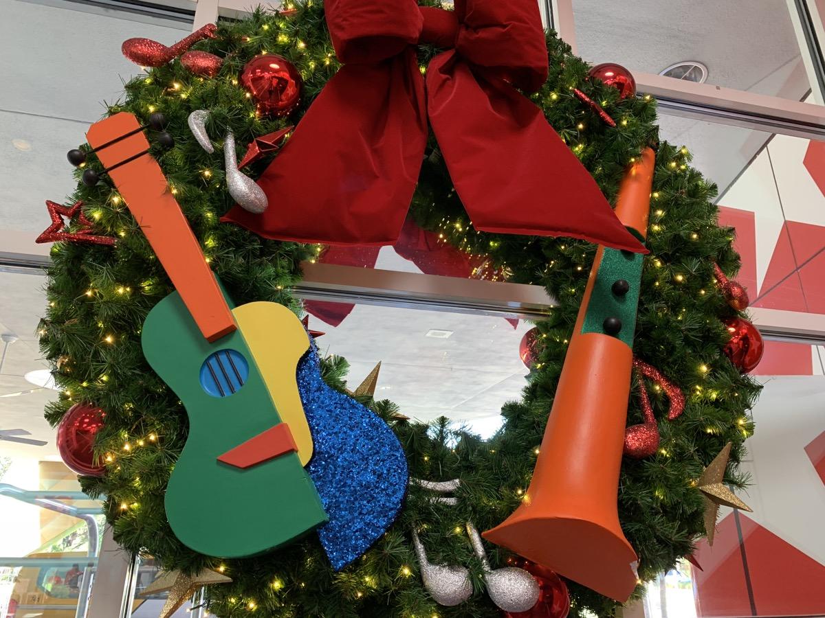 christmas at walt disney world all star music wreath 4.jpg