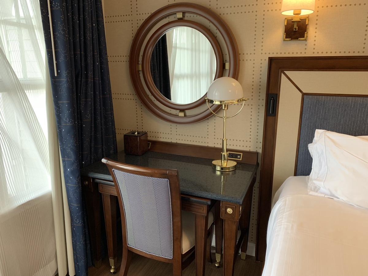 review of disneys yacht club resort room 10.jpg