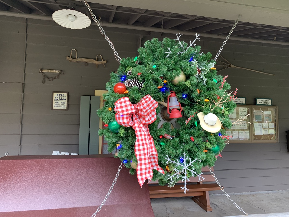 disney world hotels christmas decorations fort wilderness 3.jpg